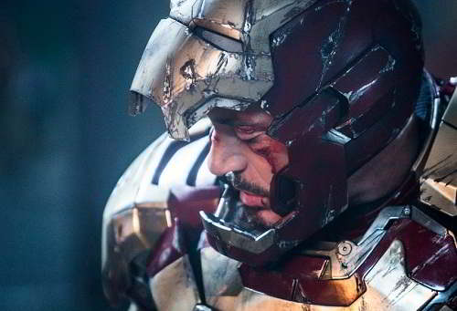 Tony Stark Iron man Robot